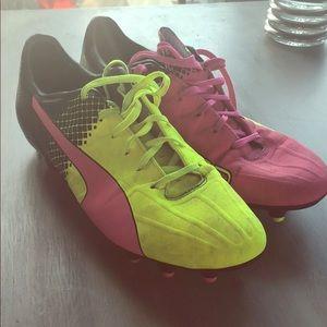 Puma evospeed- pink and yellow